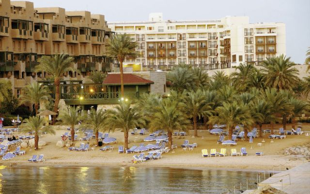 movenpick-resort-och-residence-aqaba-17238795-1405601827-ImageGalleryLightbox